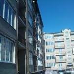 1-комнатная квартира 3/5 эт. дома  ул Шмидта 47,5 м²