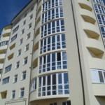 2-комнатная квартира 4/8 эт. дома  ул Депутатская 87 м²