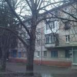 2-комнатная квартира 4/4 эт. дома  1 МКР 43 м²