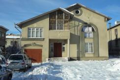 Продаётся 2-этажный дом в Ессентуках.