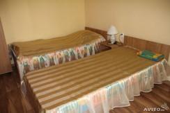 Сдается комната со всеми удобствами , Ессентуки р-н Заполотно . Цена 10 000 рублей всего.