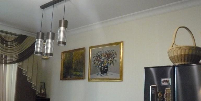 Новостройка в центре Ессентуков с ремонтом_03