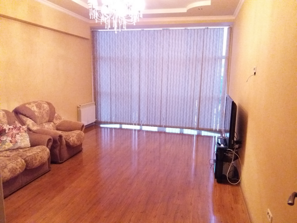 Сдается суточно элитная 2-комнатная квартира в  Ессентуках, в курортной зоне , ул. Ленина 14