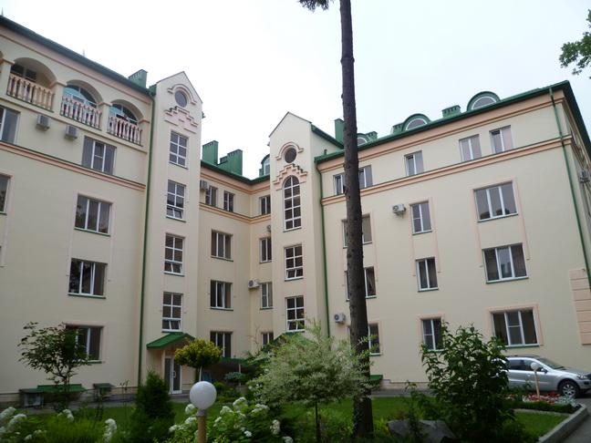 Продается 2-уровневая квартира в Ессентуках, 292 кв. м.