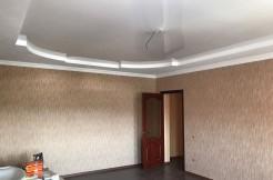 Ессентуки, мкр. Прибрежный, ул. Никольская 15а, продается 2-комнатная квартиpa в сданном доме с евроремонтом
