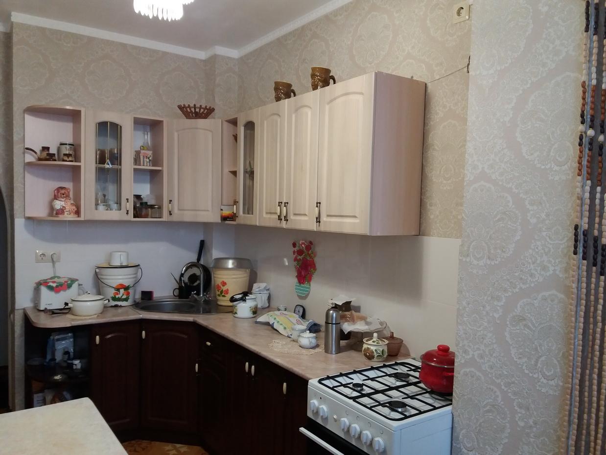 Ессентуки ул. Первомайская,  продается   1-комнатная  квартиpa  новостройка с  ремонтом   3/5 эт. дома, пл. 34 кв.м.