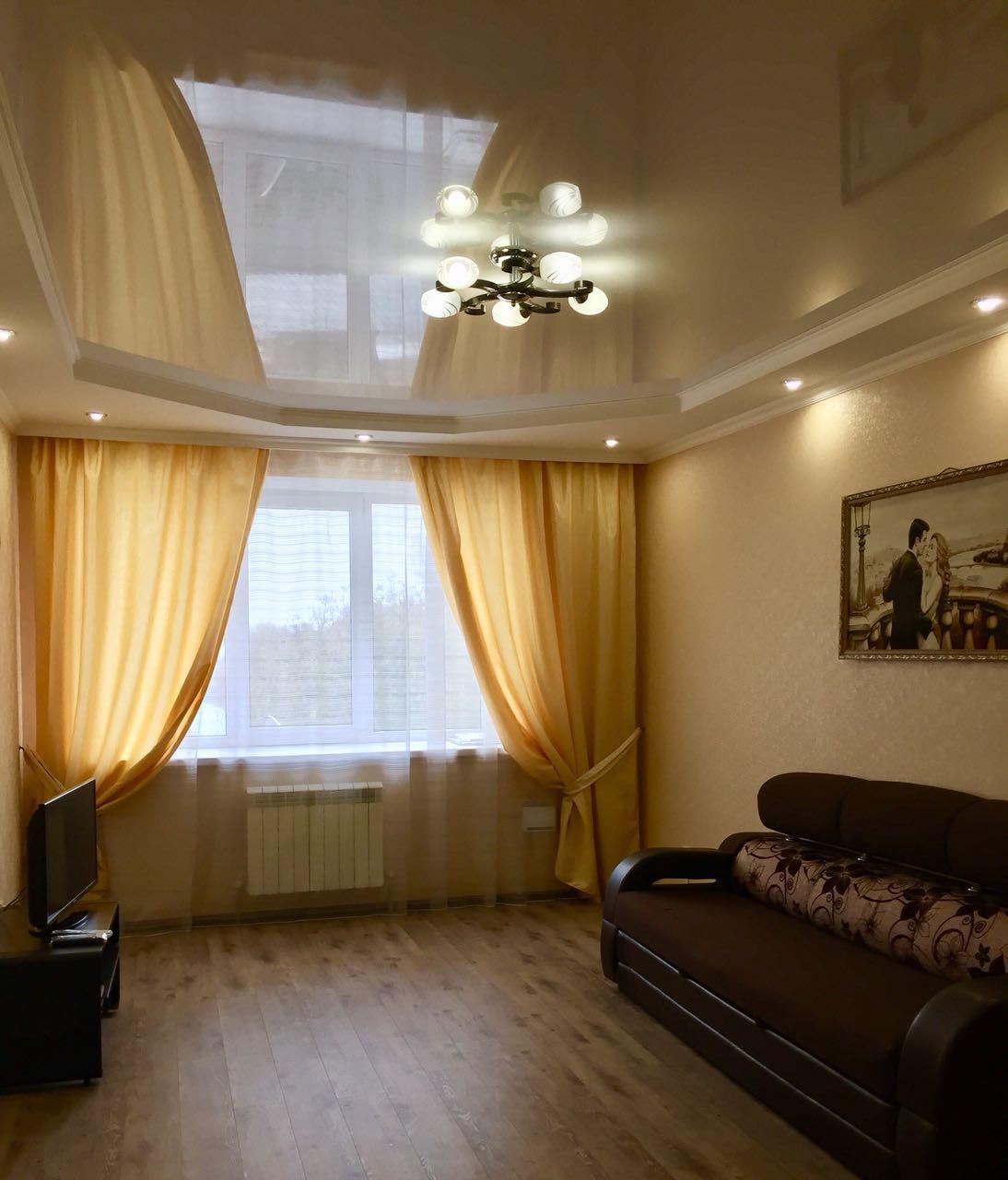 Продается 2-комнатная квартира в новом элитном кирпичном доме по адресу: г.Ессентуки, ул. Октябрьская площадь , 31