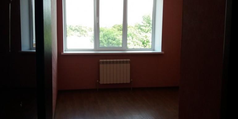 Продается элитная квартира в Ессентуках с ремонтом_03