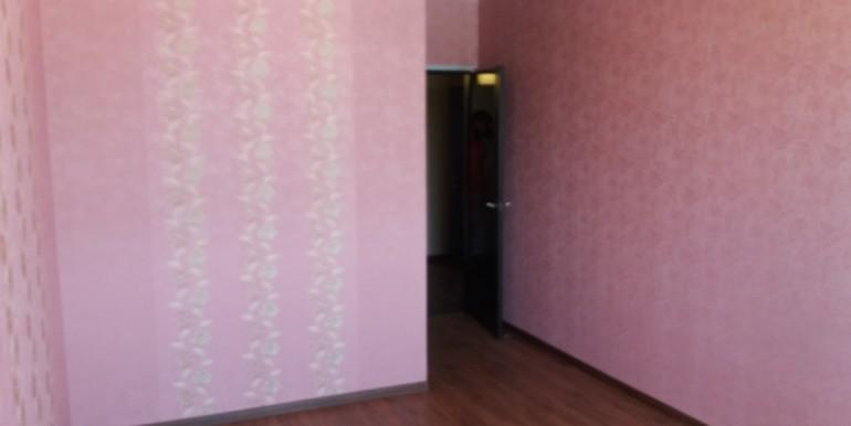 Продается элитная квартира в Ессентуках с ремонтом_05
