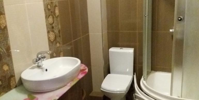 Продается элитная квартира в Ессентуках с ремонтом_11