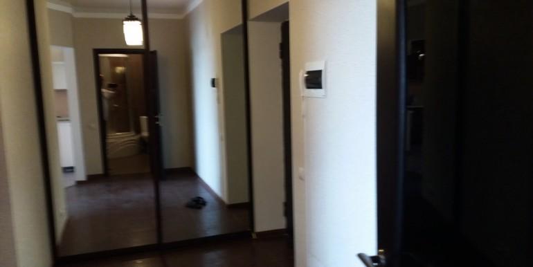 Продается элитная квартира в Ессентуках с ремонтом_14