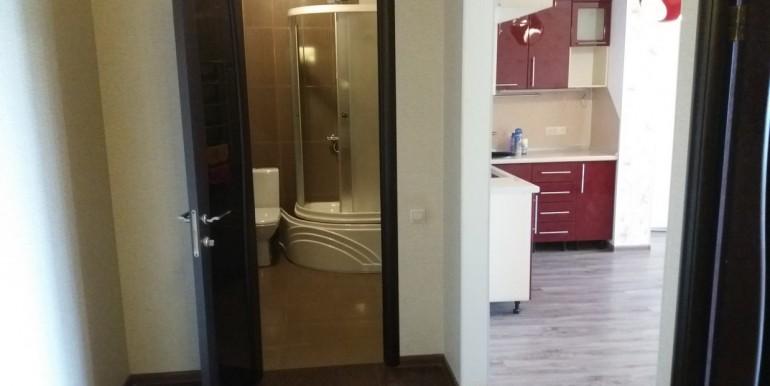 Продается элитная квартира в Ессентуках с ремонтом_15