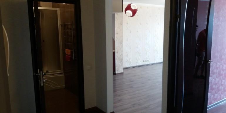 Продается элитная квартира в Ессентуках с ремонтом_16