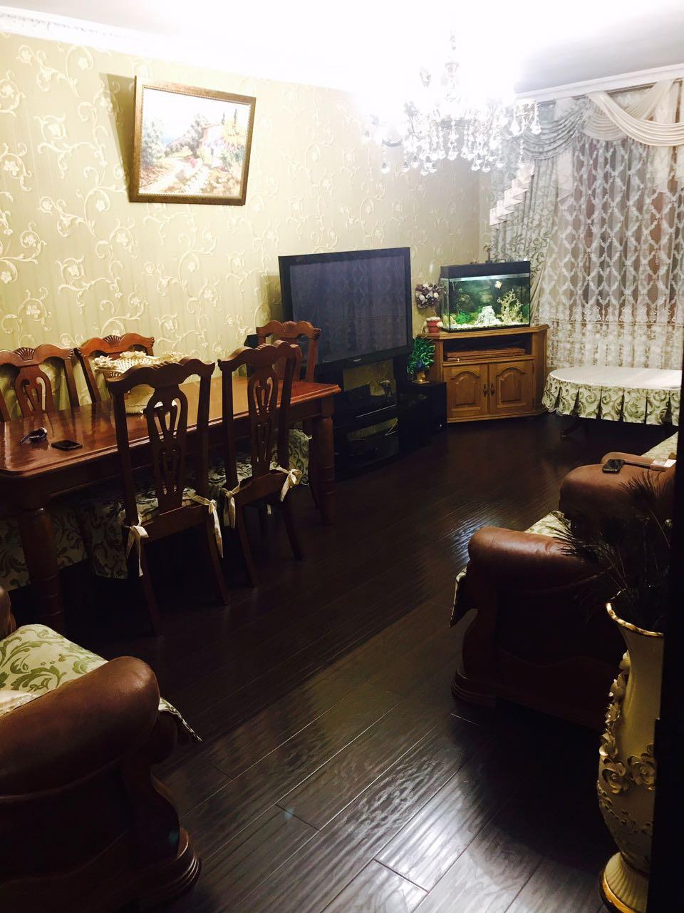 Продаётся квартира в Ессентуках, район заполотно ул. Баррикадная 4.