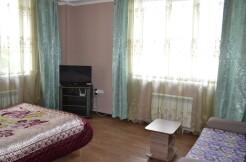 сдается 1-комнатная квартира с новым ремонтом  посуточно , ул. Октябрьская 337 к 2