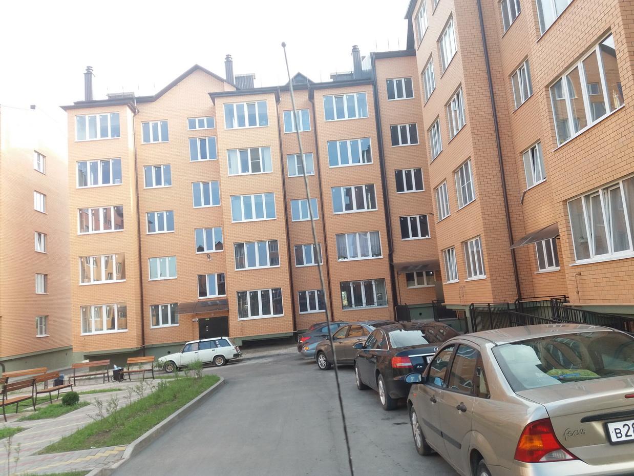 Продается квартира в Ессентуках, микрорайон Северный 2, ул. Просторная 17