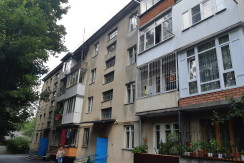 Срочно продается 2-комнатная квартира улучшенной планировки в центре города Ессентуки, ул. Пушкина 80,