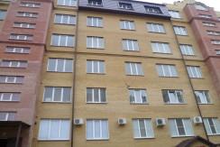 г. Ессентуки, р-н Курортной зоны, ул. Орджоникидзе 84, продается 2-комнатная квартира в новом элитном доме.