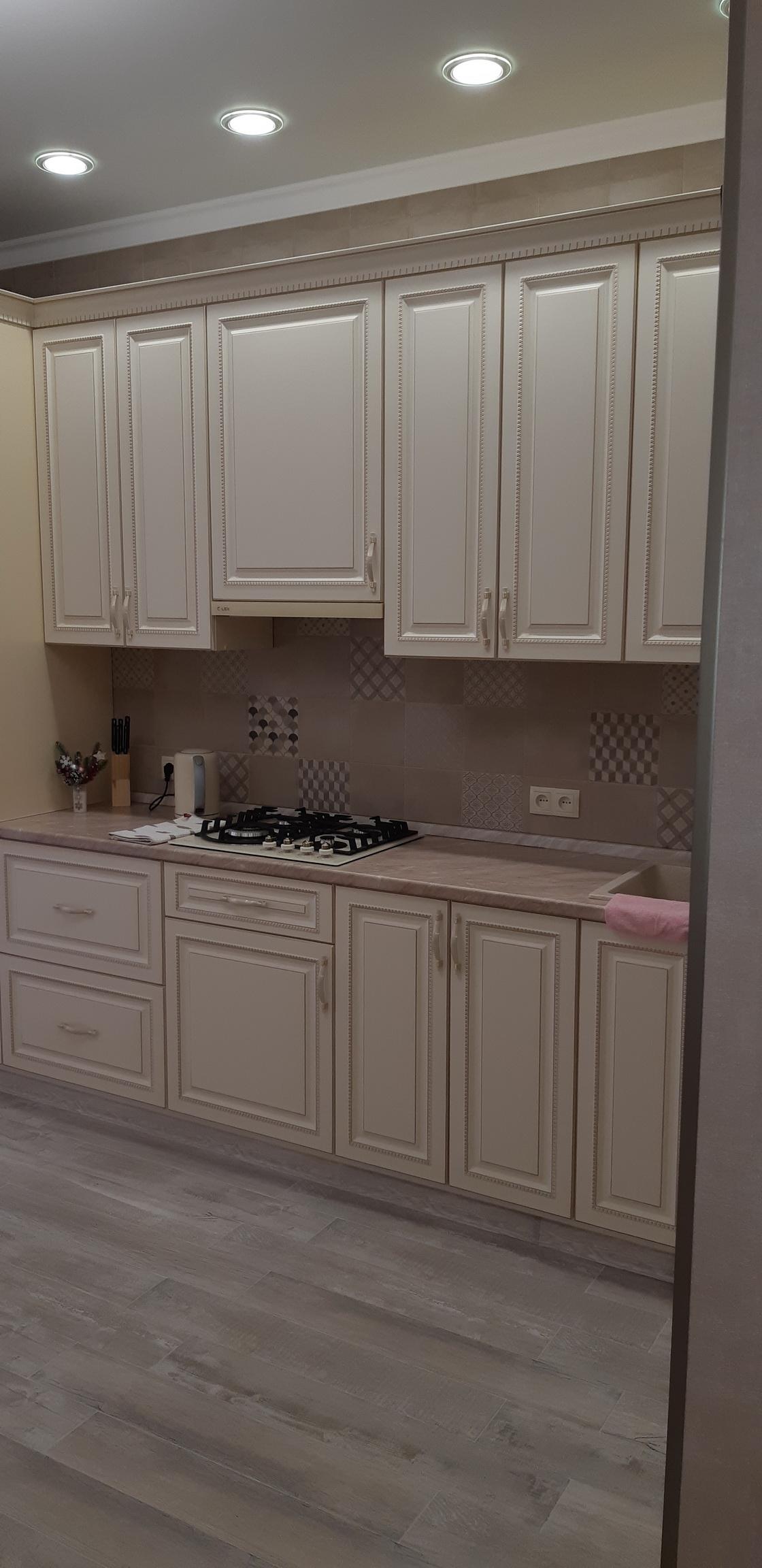 Сдается 1-комнатная квартира с новым дизайнерским  ремонтом  посуточно в Ессентуках,  ул. Интернациональная 35