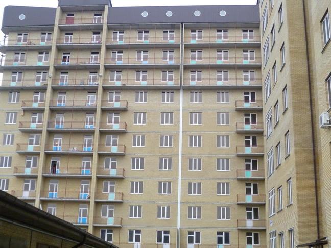 Продается 2-комнатная квартира в Ессентуках район курортной зоны, ул. Новопятигорская 1/2